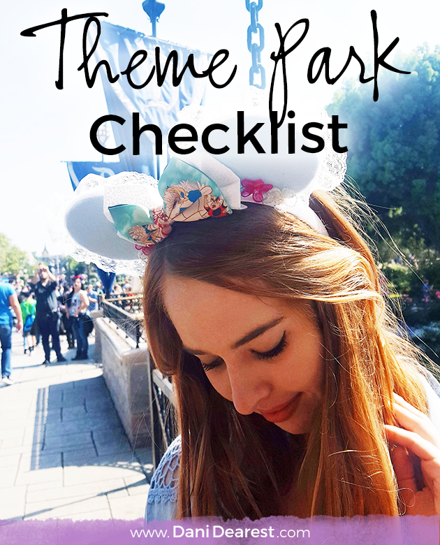 Theme Park Checklist - from an amusement park enthusiast! Never go unprepared, everything that you need to make sure you have for a successful day in the park.